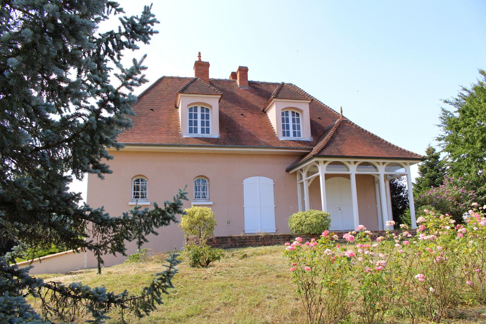 Agréable maison sur les hauteurs de Saint Aignan